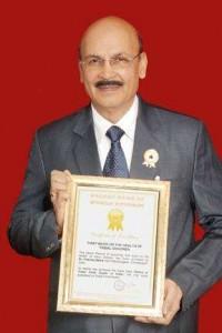 Golden-Book-of-World-Records-authoring-a-health-column-for-longest-period-Dr.-Pukhraj-Bafna-Rajnandgaon-Chhattisgarh-India-GBWR-200x300