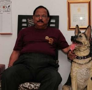 largest collection of Dog memorabilia-Pradip Janawade-Raipur, Chhattisgarh, India_gbwr