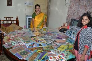 Golden-Book_of_World-Records-largest collection of golden grass handicrafts items-Alpana Deshpande-Raipur, Chhattisgarh, India_Compress